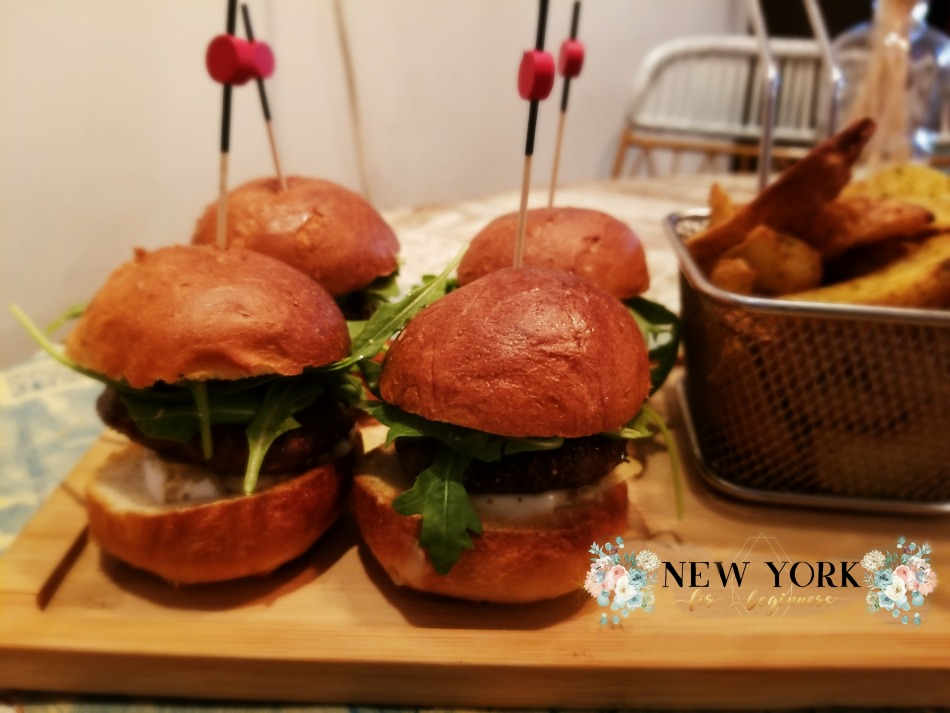 Minihamburguesas en Bendita Locura Madrid